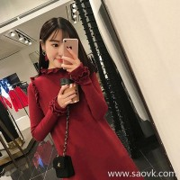 European station autumn and winter new red knit dress foreign gas festive bridesmaid small fragrance thin slimming red skirt