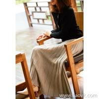 の[ZQ158229MG] 笑涵阁 Magical slimming Gradient wide pit wool cashmere knit skirt