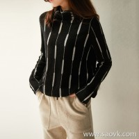 の[ZY117739AL] 笑涵阁 Shiny glittering silver wire without meat, pile of collar wool sweater