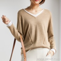 の[ZY158238AG] 笑涵阁 Exquisite bottoming Merino wool Natural curling V-neck pullover