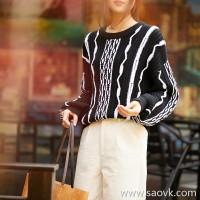 の[ZY158583VG] 笑涵阁 Show field 香家 Three-dimensional contrast color wavy stranding wool sweater