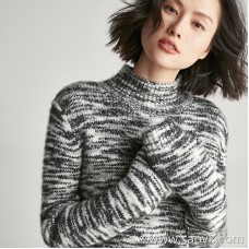 Small insect Italian Cariaggi velvet section dyed yarn Retro casual small turtleneck pullover sweater top