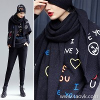Worm wool and cashmere blend hand-embroidered knit round neck wild casual pullover warm shirt women autumn and winter
