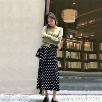 Black polka dot skirt female 2018 autumn and winter long section high waist temperament velvet elastic waist chic bag hip skirt