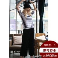 Three-in-one ice silk sweater women's stripes 2017 spring and autumn new Korean version of the loose blue and white short-sleeved T-shirt women
