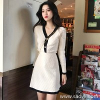 Sandro Moscoloni 2018 autumn and winter new V-neck slim two-piece suit skirt bottom knit dress