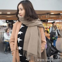 Sandro Moscoloni solid color cashmere scarf female autumn and winter Korean version of the wild tassel thickening warm shawl