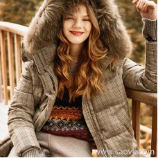 Wind home does not have the madness! Real fur collar vest two white goose down jacket YR0106