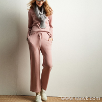 Wind home Into the bones of the gentle! Baby pink 牦 velvet V-neck sweater / trousers LT0089