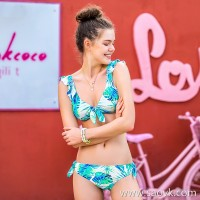 Sisia new big breasts sexy bikini three-piece suit European and American small chest gathered three-point vacation swimsuit women